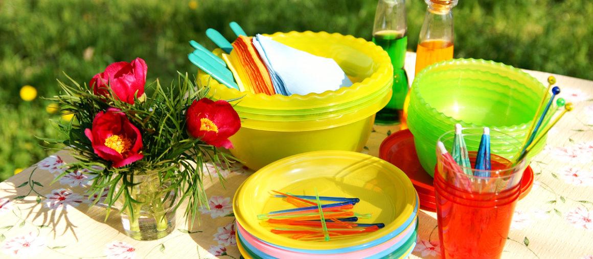 Interdiction des plastiques: ce qui est finalement inscrit dans la loi